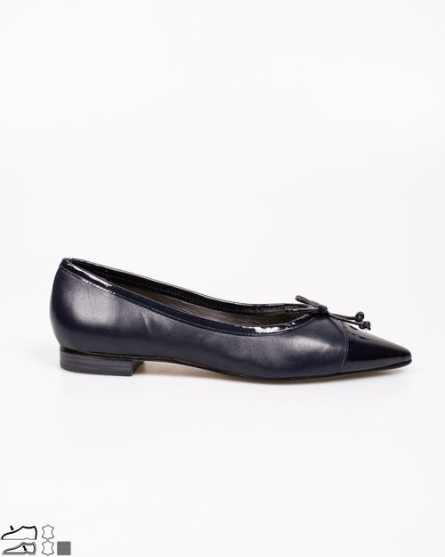 Pantofi din piele naturala cu aspect lacuit si funda aplicata 2115301003